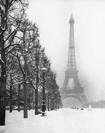 PARIS IN SNOW - POSTER - 16